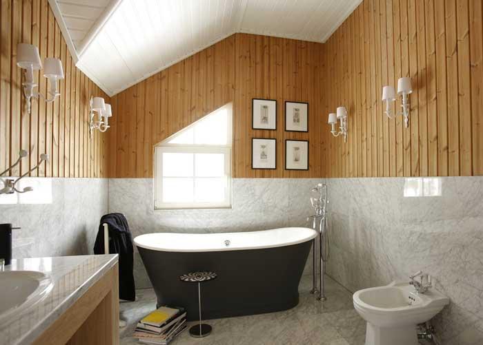 Il design del soggiorno in casa. bagno in casa scegli la tua opzione
